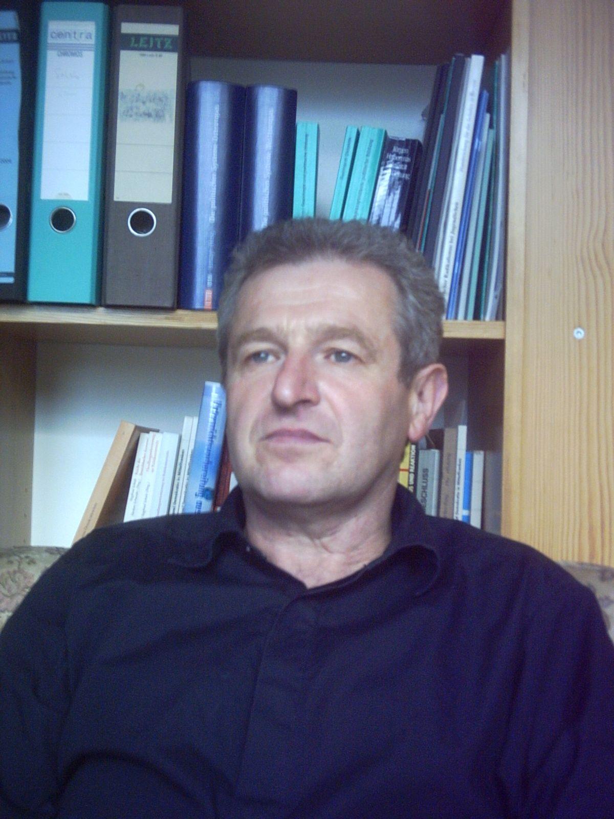 Prof. Dr. i. R. Armin Scherb